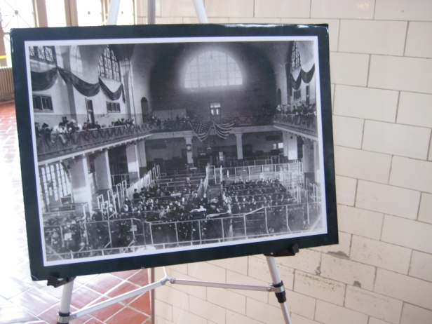 I was struck by how full the picture showed the hall to be, and how empty it was at the moment I was there.