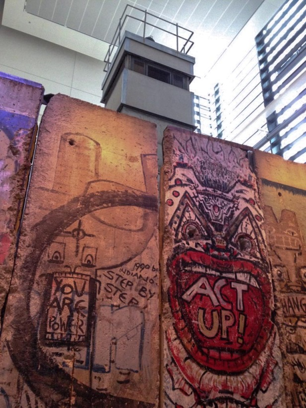Berlin Wall Newseum
